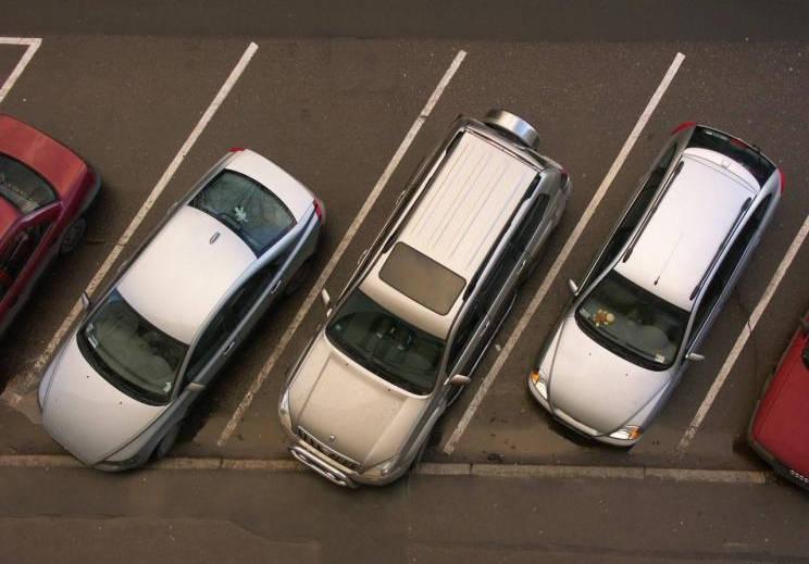 北京2020年已新增万余个有偿共享停车位