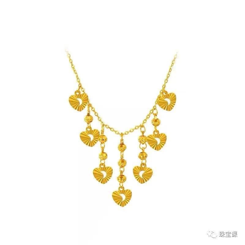 国内珠宝品牌为什么都姓周?