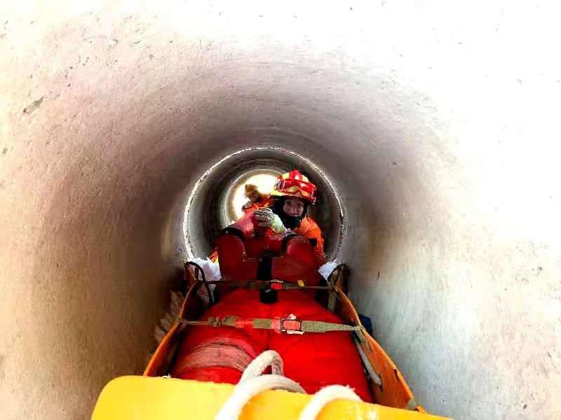 哈尔滨市消防救援支队特勤大队积极开展暴雪灾害救援技能专项应急训练