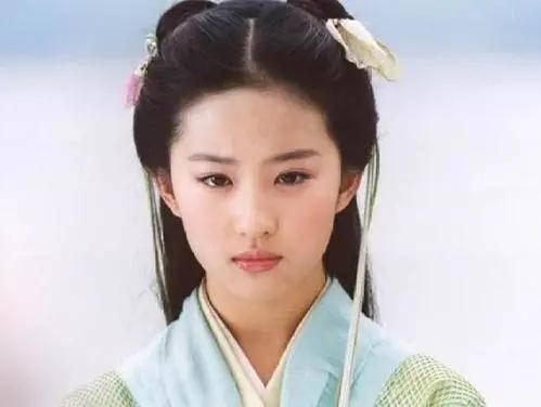 丫头教教主刘晓庆输给双马尾少女刘嘉玲?竟是因为鼻子……