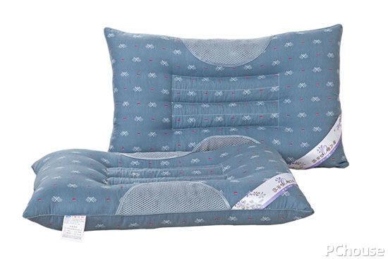 枕头哪种好(家用枕头枕芯装什么最好)插图
