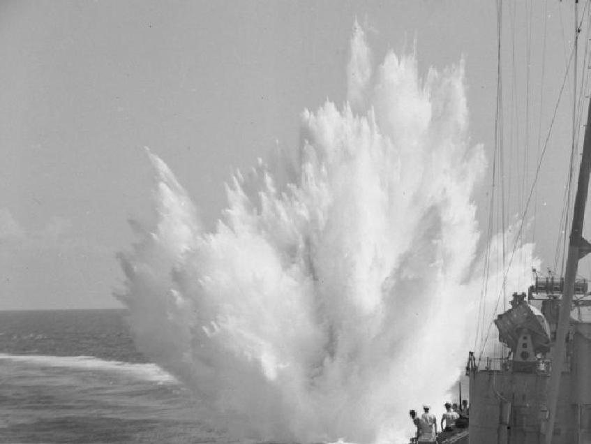 深水炸弹是什么意思(深水炸弹是如何工作的 )插图(1)