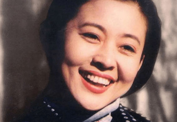 倪萍和第一任丈夫合影(倪萍年轻时漂亮吗)插图(4)