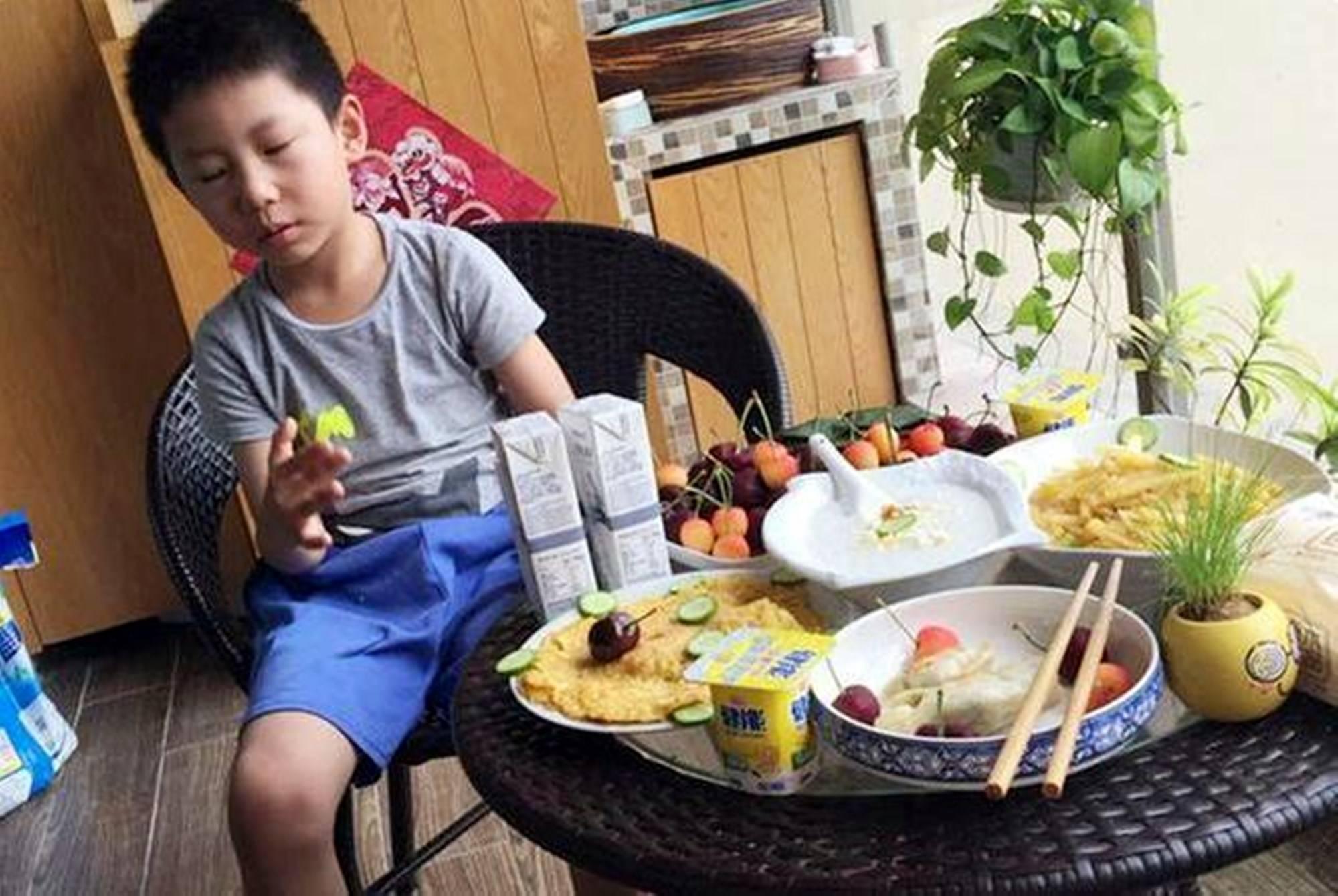 """有种伤害叫""""中国式早餐"""" 看似营养丰富其实糊弄娃 还影响身高-家庭网"""