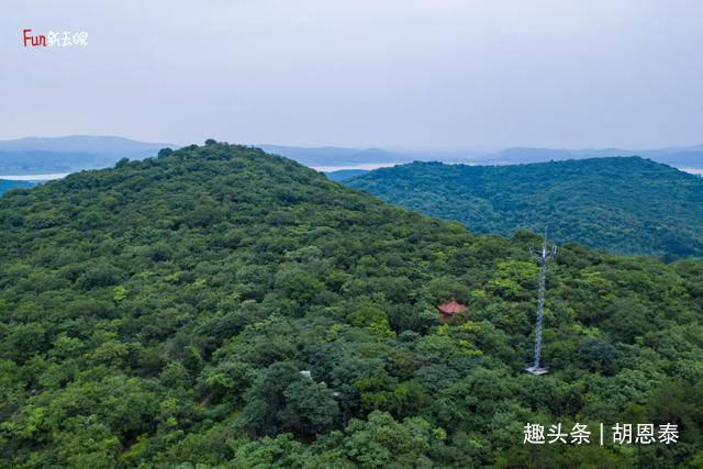 自驾游安徽滁州,看地质奇观逛热闹夜市,最后在草原拍照