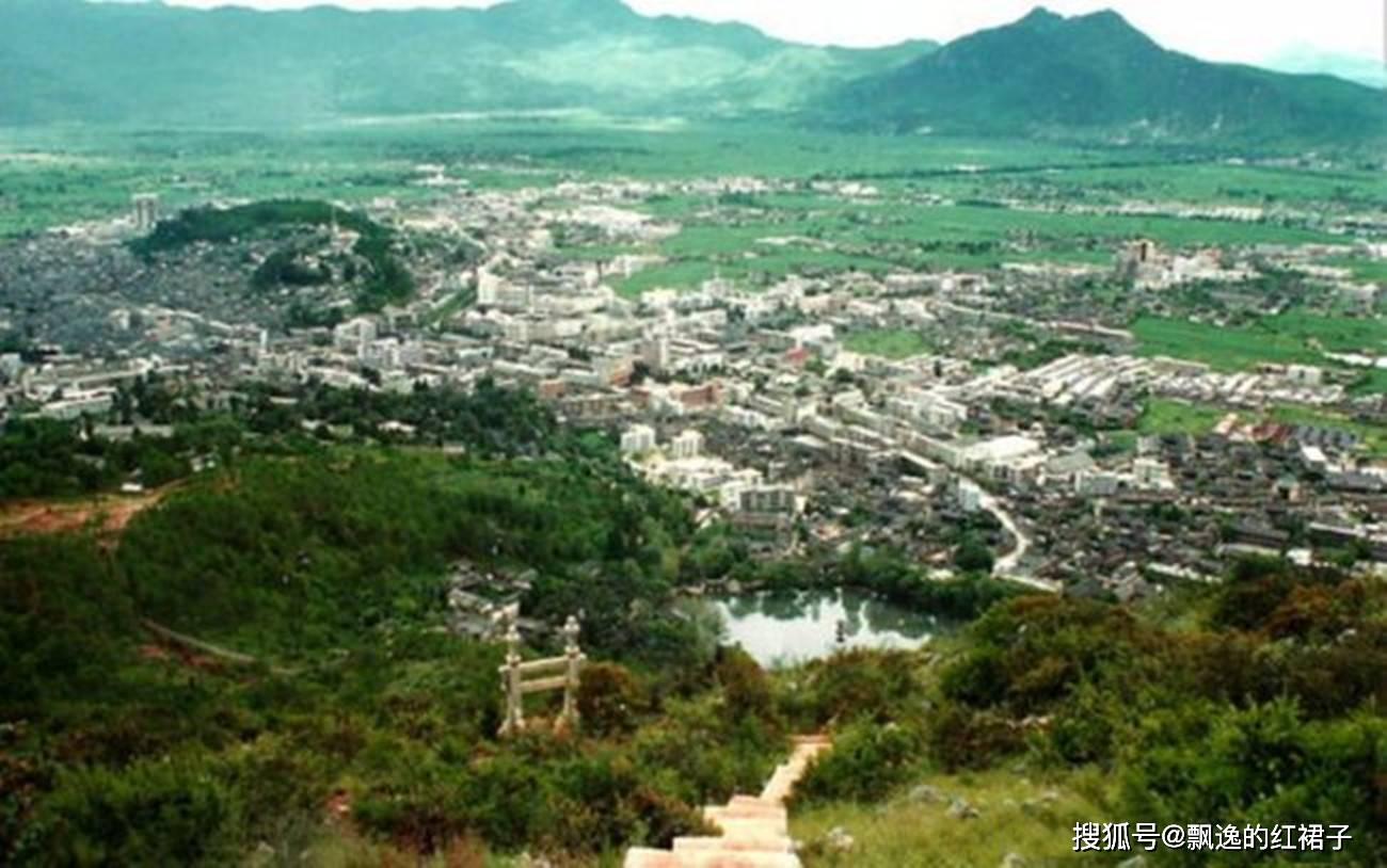 老照片:80年代的云南丽江和玉龙雪山,远离尘嚣,宛若世外桃源
