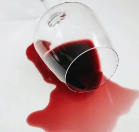 喝下脚料红酒的13种神奇功效