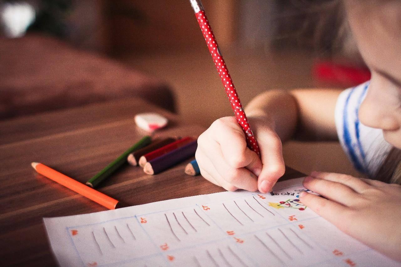 孩子一玩就上瘾的「水果填词游戏」锻炼宝宝的逻辑思维能力!