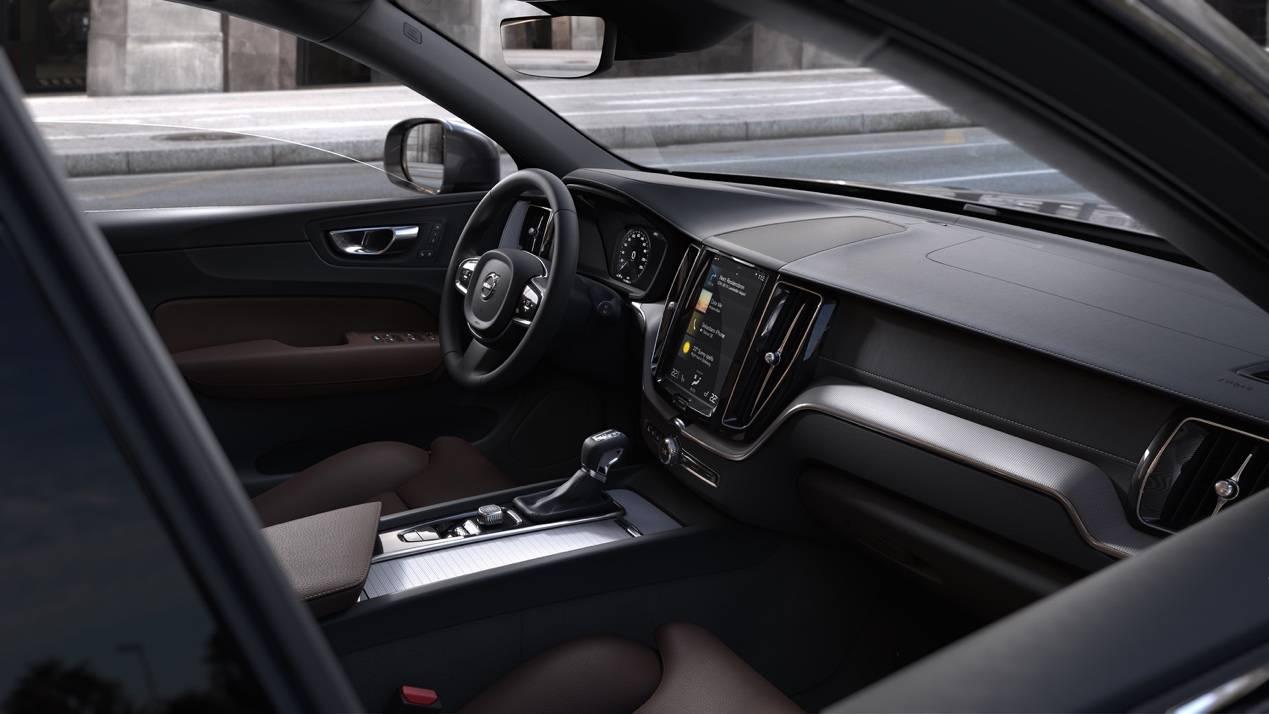 40万预算豪华SUV王者选择:沃尔沃XC60VS林肯导航仪