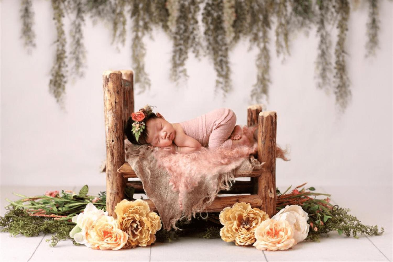 """被子下宝宝的睡姿有多高难度?掀被子就像开盲盒,全是""""惊喜"""""""