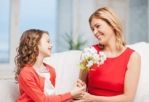 赞美,让孩子朝着美好的方向走来,创造成长的奇迹!