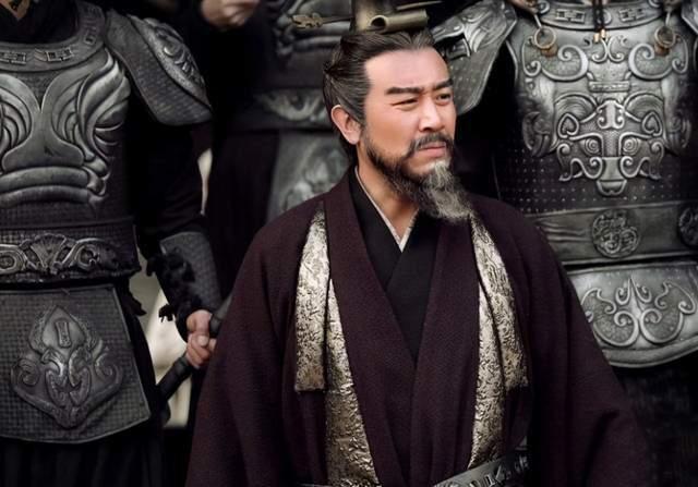 东汉末年的一位大将军,曾挟持汉献帝,最终是什么下场?