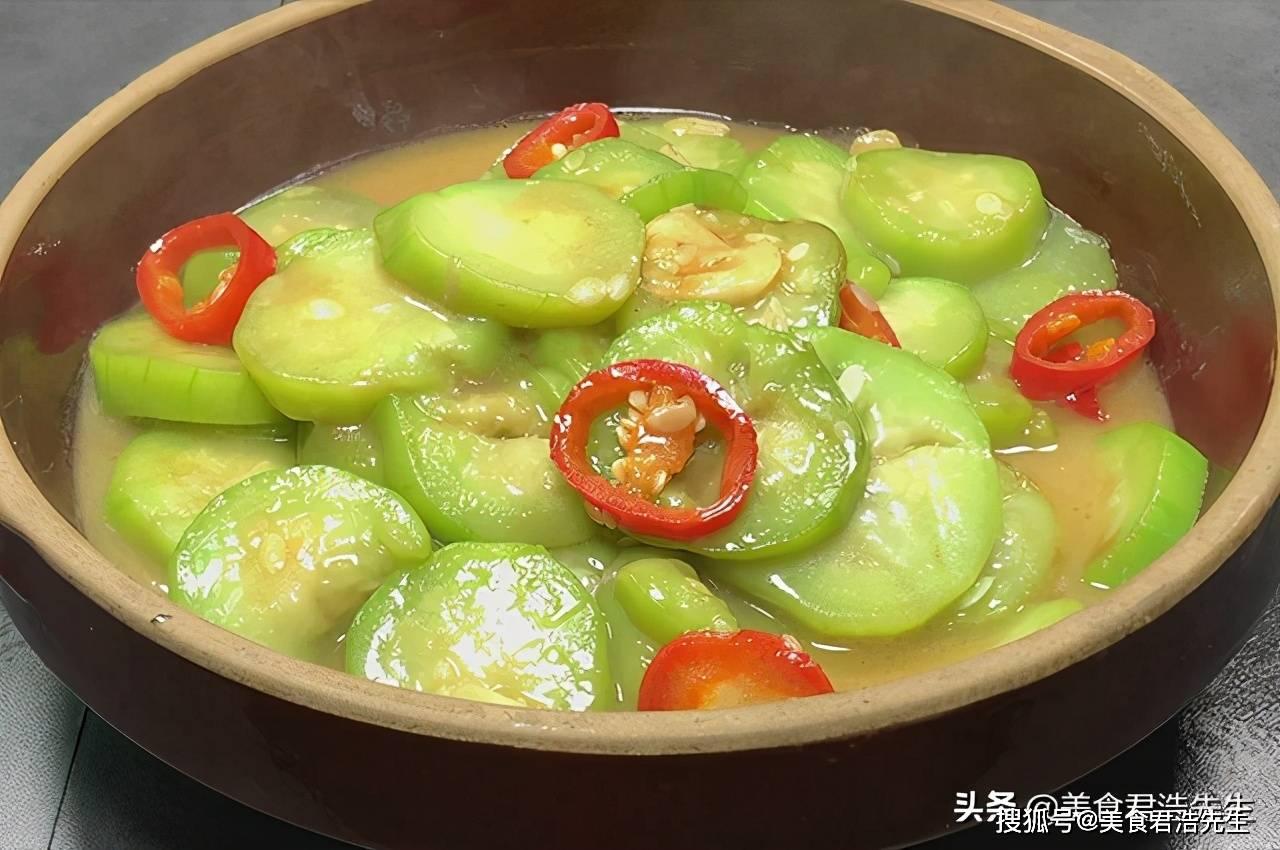 入秋了,这种瓜要多吃,教你美味做法,快手又下饭