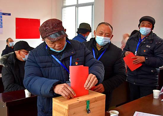 """江安县副县长坐镇村(社区)""""两委""""换届选举"""