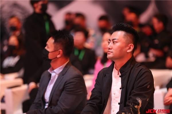 中国MMA领航者——JCK战觉城笼斗赏金挑战赛成功落幕践行梦想与慈善