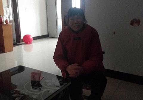 湖北省宜城市邓冲小学看望慰问生活困难教职工