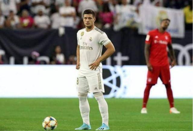 米兰弃将爆发!18场16球争德甲金靴 成C罗夺欧洲杯最强帮手