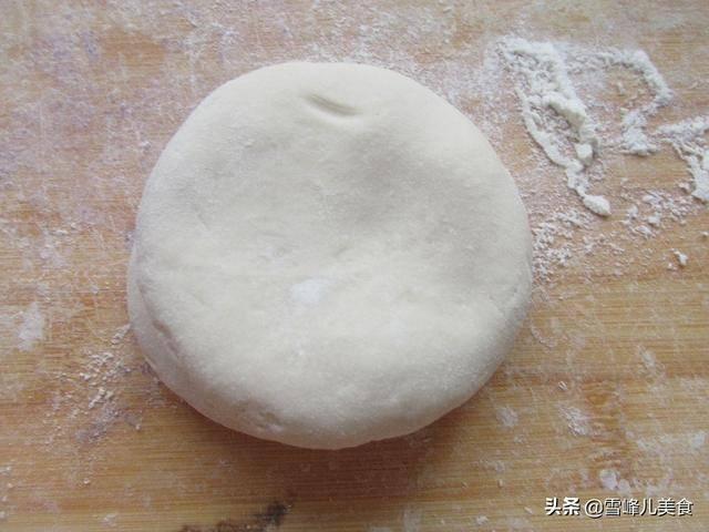 春吃春饼,1分钟烙2张,简单易做又快捷,柔软好吃放三天都不硬
