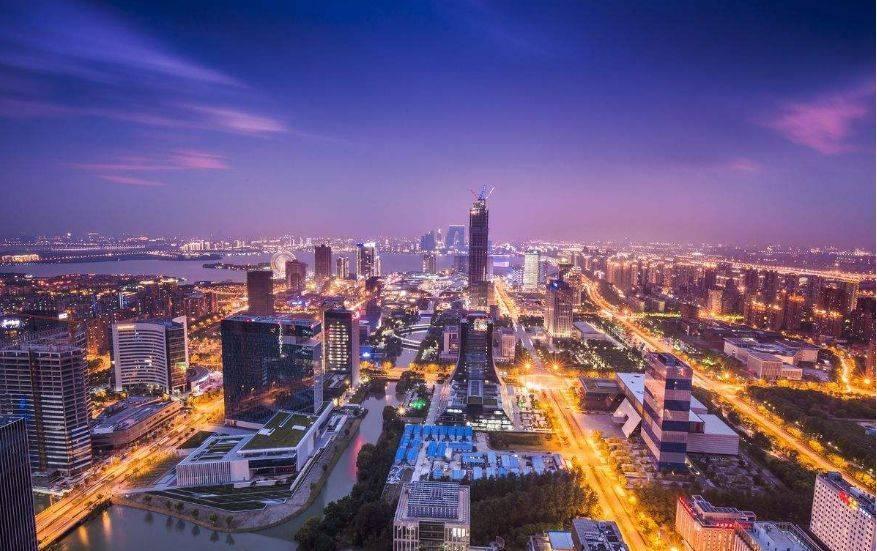 武汉历年gdp_中国GDP十强城市出炉,争夺激烈,充满看点