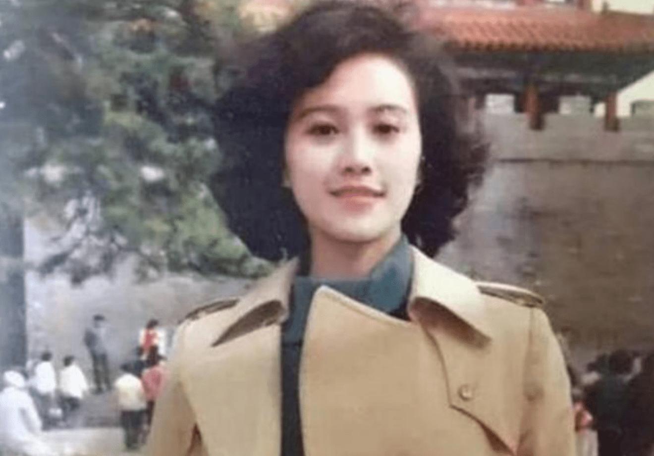 王小彩重生在80年代 王小彩重生在80年代成女首富