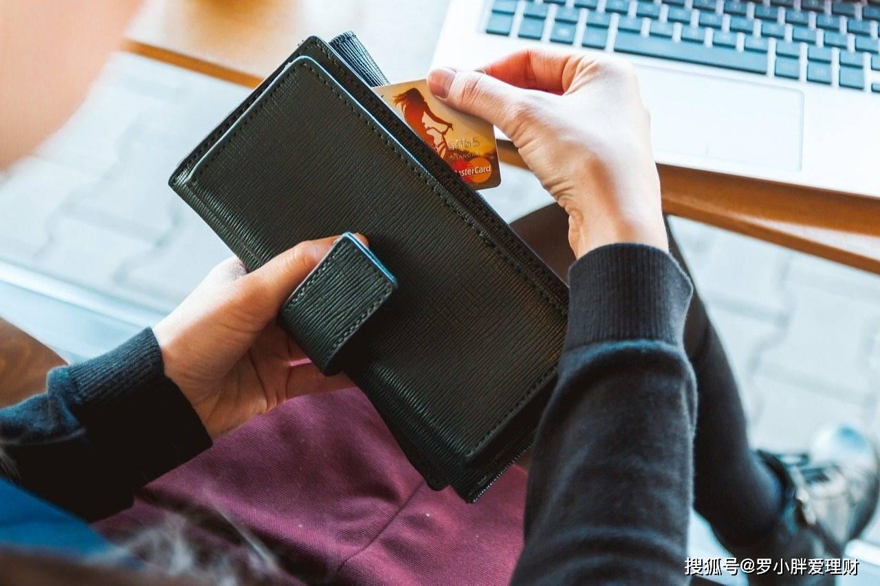 在家赚钱的几种方法,网友人均工资过万,普通人5000都困难,为何这么大差距?