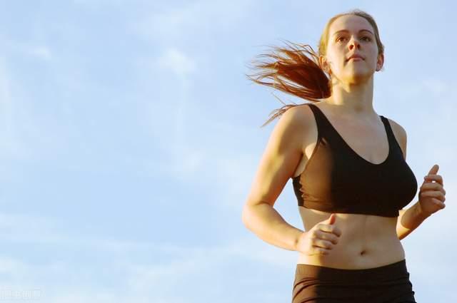 斗牛牛游戏在线:你为什么要跑步?坚持跑步的人,多年后会得到哪些好处?