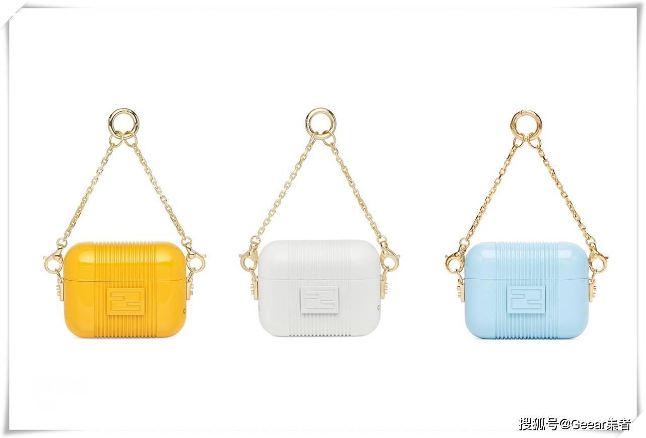 原创             Apple Watch的时髦戴法:表壳挂在包包上刚刚好!