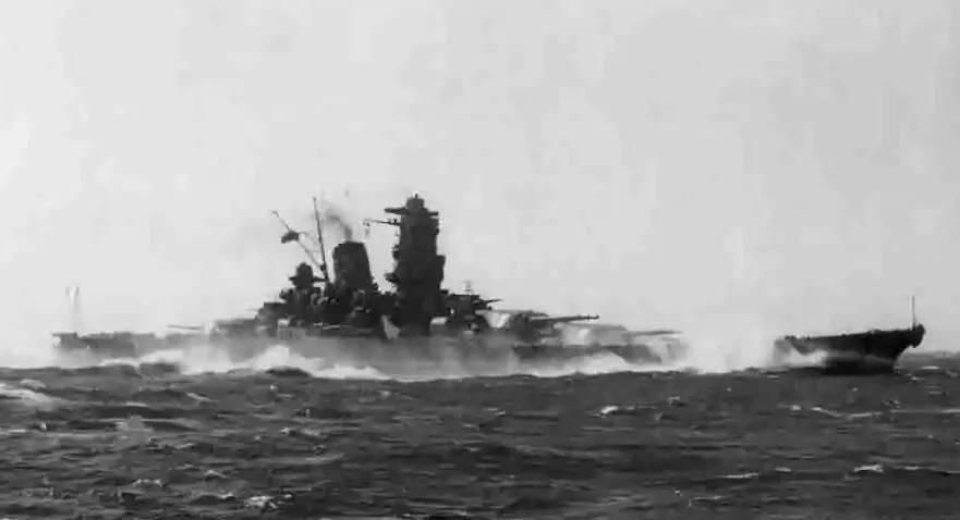 美军伤亡近8万人,冲绳岛战役为何是太平洋战争中伤亡最大的