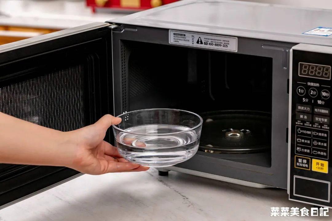 同事从不开火做饭,靠公司微波炉搞定一日三餐!锅都不用洗!