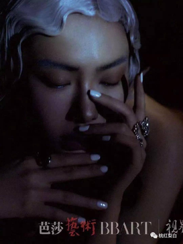 原创             明星红黑榜:魅力四射的浓艳美女张雨绮,当之无愧的大C位啊