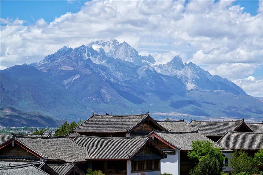 原创             云贵高原上有个艳遇之都,是世界文化遗产,年轻人最喜欢来发呆