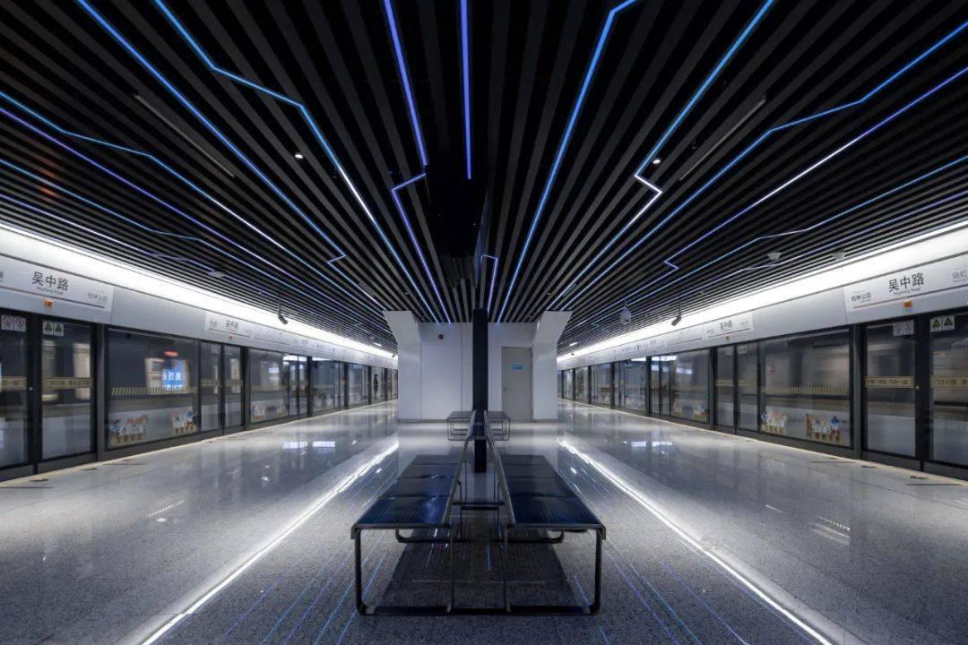 """""""最美地铁站""""亮相上海, 为高颜值烧钱值不值?"""