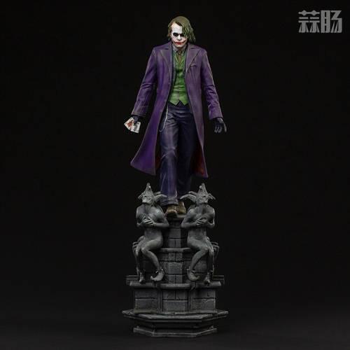 原创             Iron Studios公开1/10《蝙蝠侠:黑暗骑士》小丑雕像