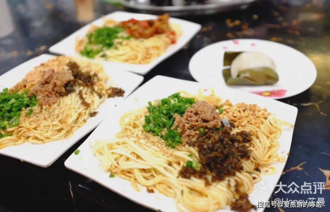 """川渝最最""""燃""""的美食小城,比成都乐山都好吃,却一直被忽略"""