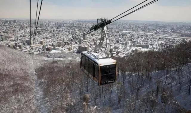 """冬季到日本去哪玩?来""""札幌""""安排一场享受绝美夜景的一日游吧"""