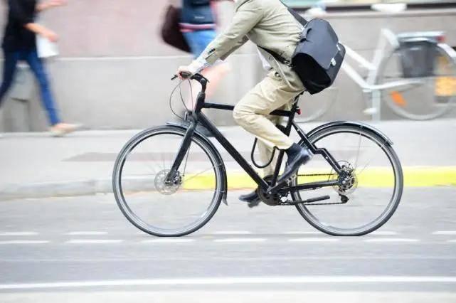 骨科大夫   25万人随访研究:骑车上下班,癌症风险降低45%