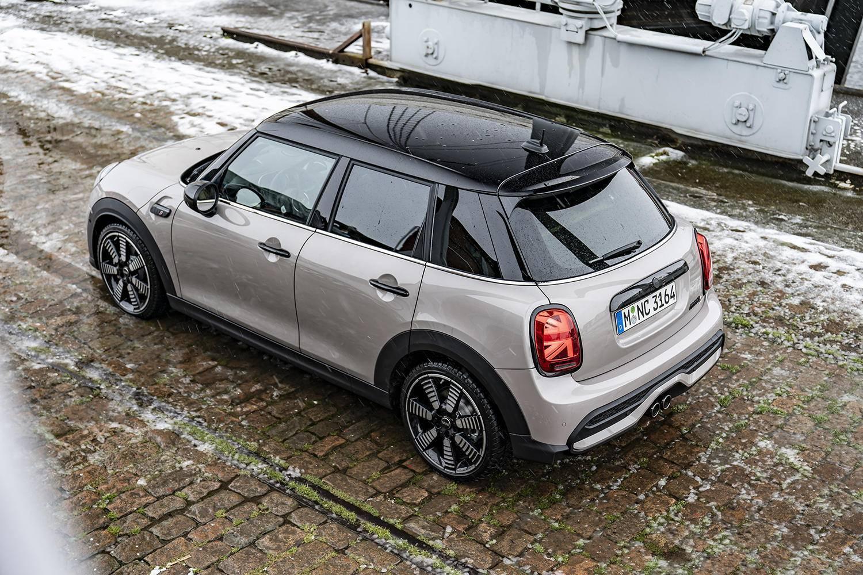 车顶搞出新花样,全新MINI五门版将于3月在市场上推出