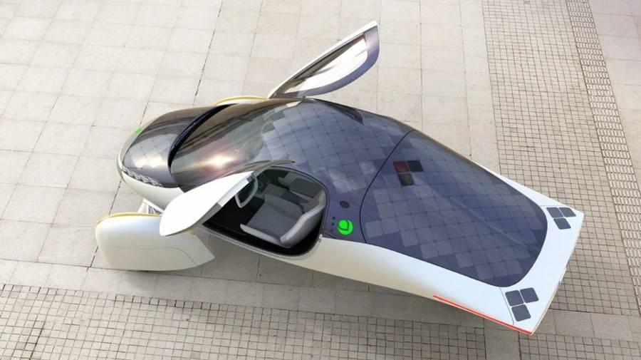 最初的形状类似于一架无翼飞机,最大电池寿命为1600年。Aptera电动车即将量产