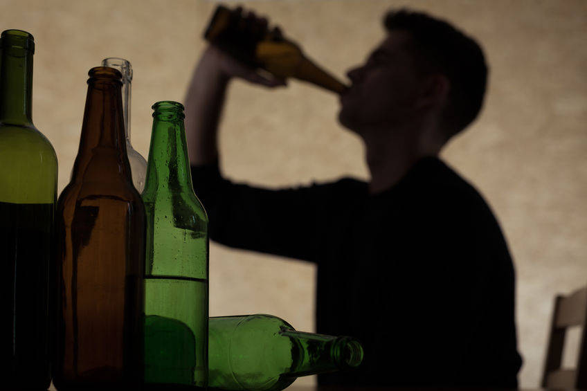 年前喝太多很难受,该怎么缓解?医生支招:这4招可以试一试