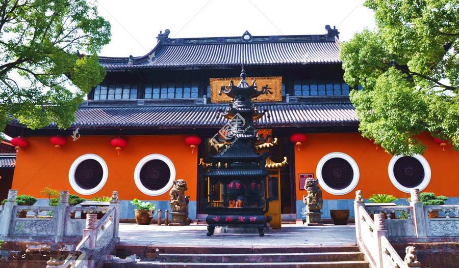 宁波私藏了一座1700年历史古寺,和灵隐寺齐名,少为外人所知