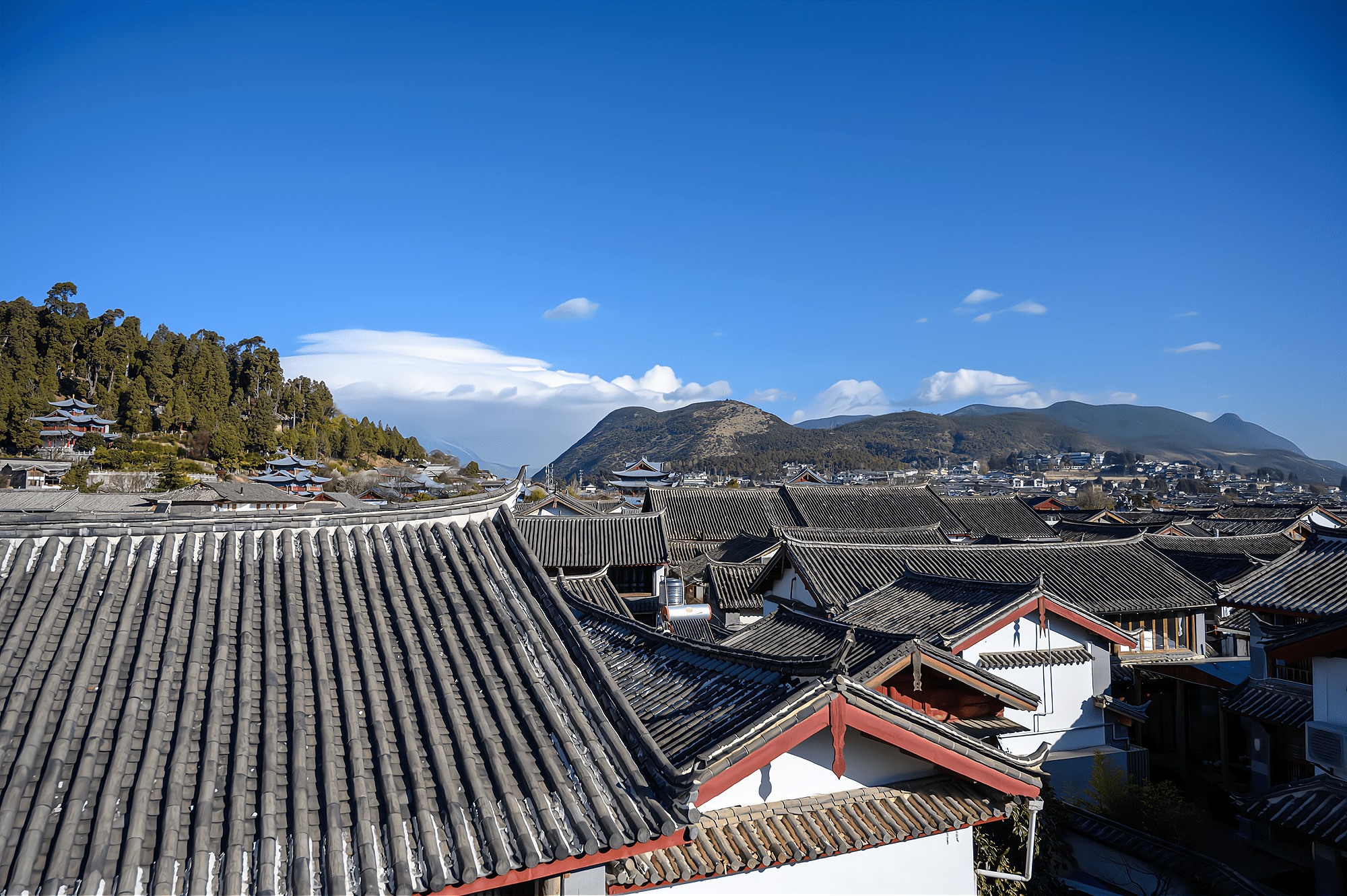 云南旅游必打卡的景点,700多年历史的古城,现为世界文化遗产