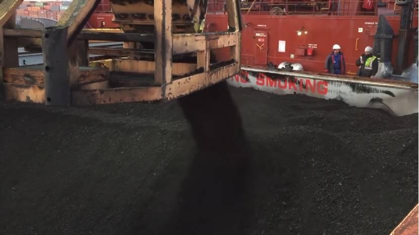 转卖都没人要!澳洲55亿煤炭永久滞销?在华7400亿市场遭8国瓜分