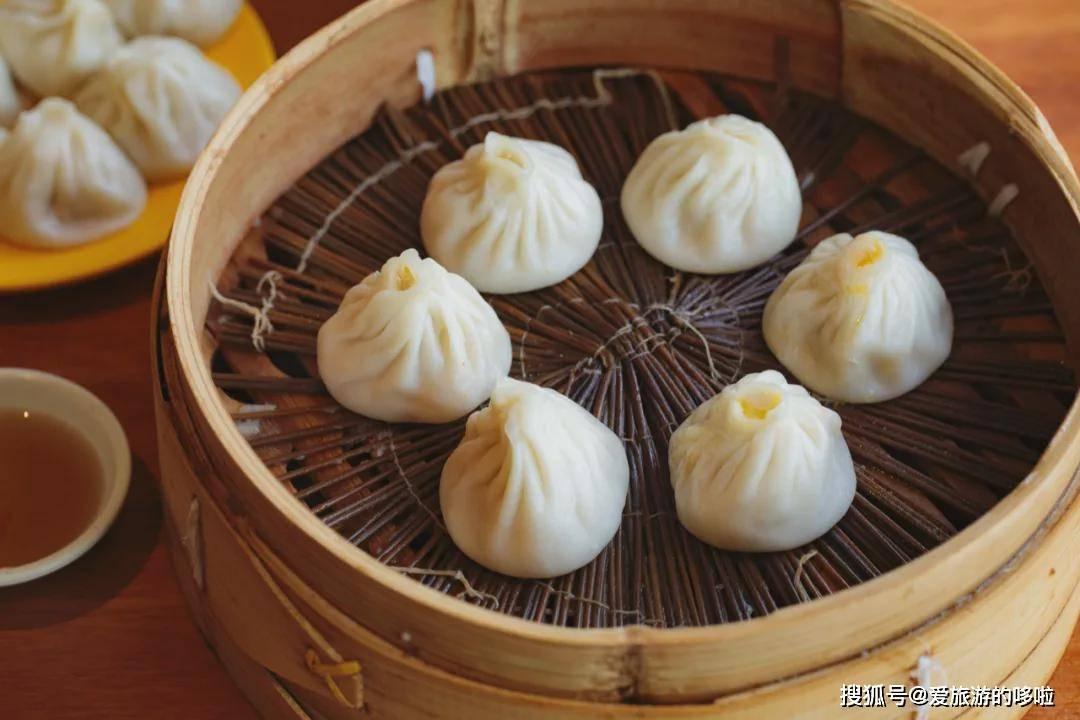 江南人最爱的小吃,一口爆汁,汤鲜味美!