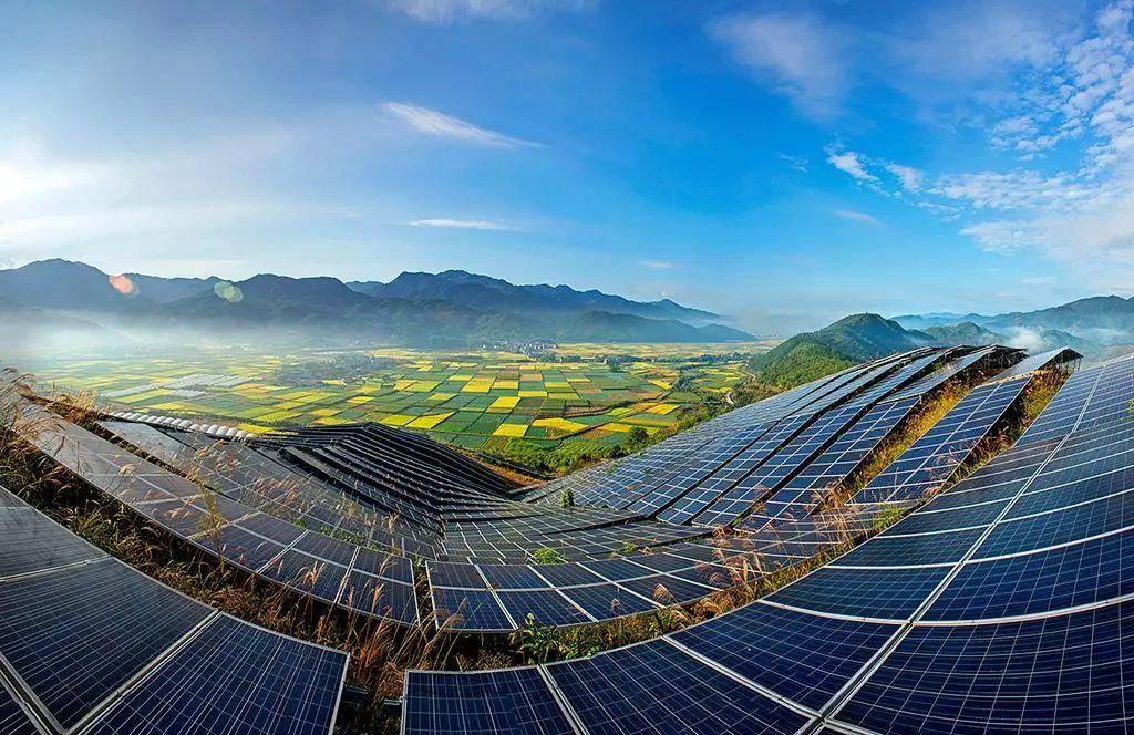 2020年,中国光伏产业继续保持世界第一