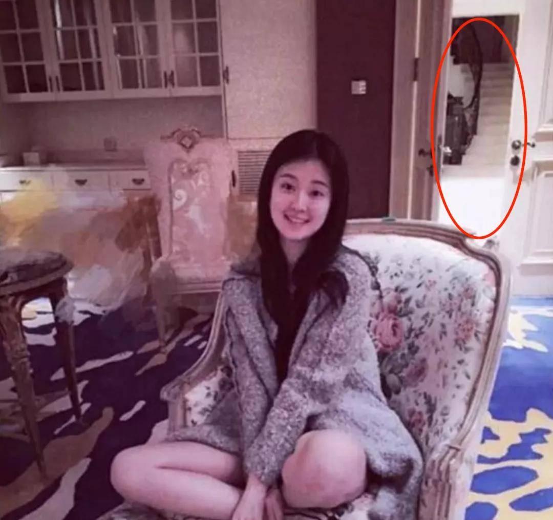 明星豪宅大曝光:林俊杰有2个客厅,她家别墅价值三亿(图26)