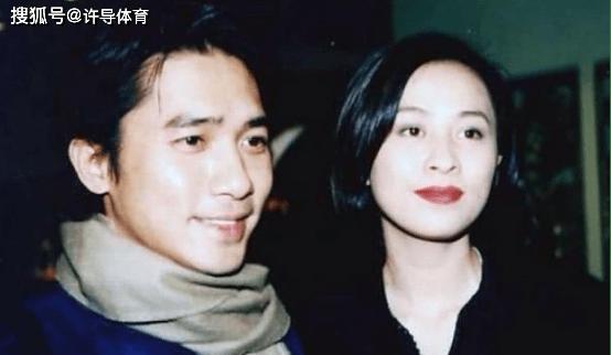 """1990年,刘嘉玲被绑架了将近三个小时。我没想到曾志伟会成为""""帮凶"""""""