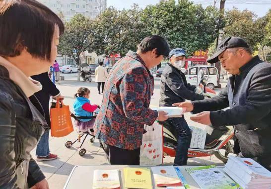 咸阳市生态环境局礼泉分局开展科技之春环保宣传活动