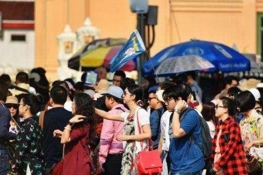 """三亚首个""""零收费""""的景区,常年四季如春,迎来大量外地游客"""