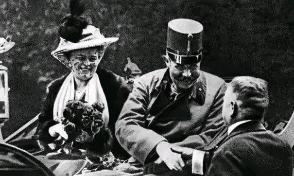 第一次世界大战卷入人口_一旦三战爆发结局只有一个,全球混乱人口骤减,算是