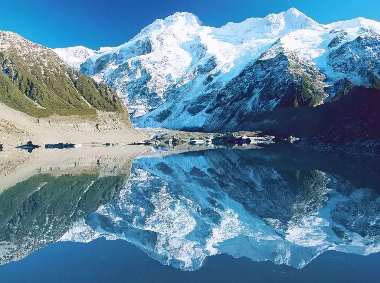 去新疆旅游,这五大新疆最美冰川不可不看